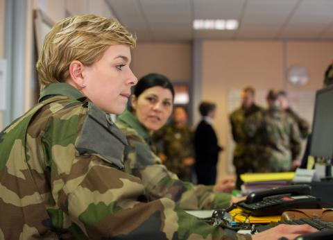 Armee-de-terre-recrute-assistant-ressources-humaines